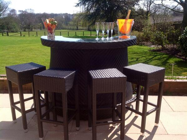 Bar counter and stools  This fantastic Outdoor Modular Bar  Latest News   Alfresco Trends   Page 2. Outdoor Bar Stools And Tables Uk. Home Design Ideas