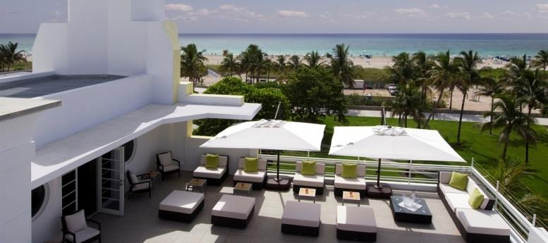 Outdoor furniture for bar roof terrace in miami alfresco for What is a hotel terrace